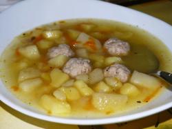 Суп подаем к столу горячим