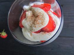 Десерт «Клубника со сливками»