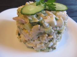 Салат из кальмара и огурца