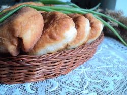 Быстрые пирожки с картошкой и луком