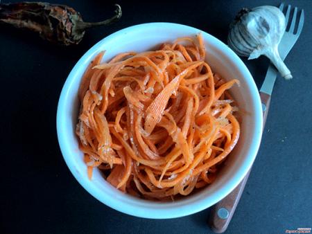 Готовая морковь по-корейски