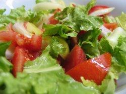 Салат с листьями салата