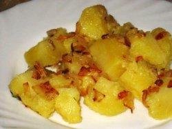 Вареная картошка с жареным фаршем