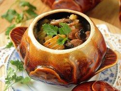 Мясо с картофелем и грибами в духовке