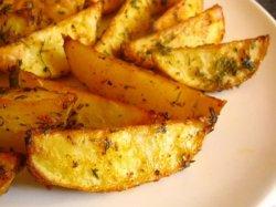 Как приготовить картошку по -деревенски в духовке