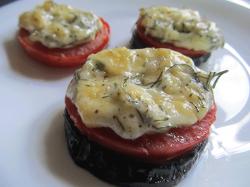 Баклажаны в духовке с помидорами и сыром