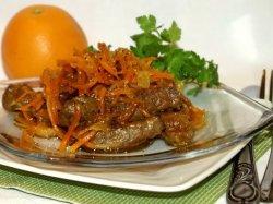 Говяжья печень с морковкой